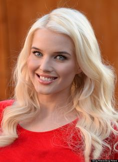 Helen Flanagan: Im Ready For A Good Film Role. Or Celebrity Big Brother Matilda, Hourglass Body Shape, Helen Flanagan, Celebrity Big Brother, English Actresses, Slim Body, Body Shapes, Portrait Photography