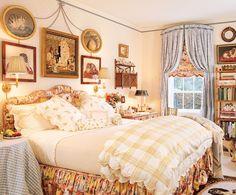 Hydrangea Hill Cottage: Romantic Bedrooms of Mario Buatta Cozy Bedroom, Dream Bedroom, Bedroom Decor, Shabby Bedroom, Master Bedroom, English Country Decor, French Country Bedrooms, Country Style, Country Homes