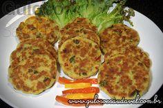 Sugestão deliciosa de #almoço e pode utilizar sobras de peixe. Faça este prático e fácil Hambúrguer Caseiro de Peixe, é assado no forno!  #Receita aqui: http://www.gulosoesaudavel.com.br/2012/04/18/hamburguer-caseiro-peixe/