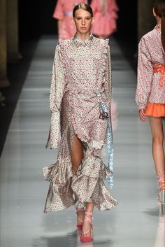 Sfilata Au jour le jour Milano - Collezioni Primavera Estate 2017 - Vogue