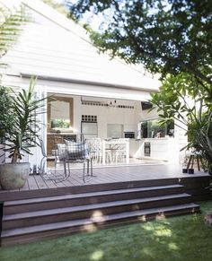 """🌟Tante S!fr@ loves this📌🌟Listed on Domain is this luxurious character home located in a village locale of """"The high ceilings, natural light and period… Porches, Casa Patio, Backyard Patio, Small Backyard Decks, Patio Decks, Outdoor Rooms, Outdoor Living, Door Decks, Deck Steps"""