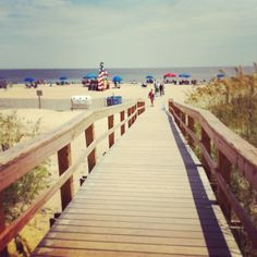 It's almost time to spend all our free days out on Tybee Island! Take me away to a gorgeous day on the beach #TMA http://instagram.com/p/nGEcd6IlIy/