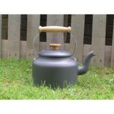 Traditional 3.5 pint kettle made by Netherton Foundry in #Shropshire - £120.00