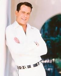 A much younger Bruce // AKA Walter Bruce Willis    Born: 19-Mar-1955  Birthplace: Idar-Oberstein, Germany