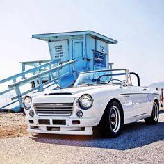 1967, 2000 Datsun ROADSTER.  Perfect restoration very nice.
