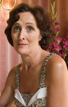 Fiona Shaw - most people know her as Aunt Petunia, but I had the honor of meeting her when I was 17.  She is an amazing performer!