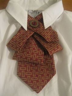 Upcycled tie necklace featuring a fun abstract pattern in gorgeous shades of burgundy and gold. Shades Of Burgundy, Burgundy And Gold, Fabric Crafts, Sewing Crafts, Sewing Projects, Faux Col, Old Ties, Do It Yourself Fashion, Creation Couture