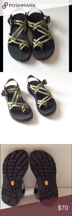 Chacos Green Adjustable Strap Sandals EUC These green fully adjustable strap Chacos sandals are so comfortable! Great arch support Excellent used condition. Only worn a few times for normal daily activity  Bundle discount Offers welcome  Smoke free home ❤️5 star rated trusted seller and Suggested User Chacos Shoes Sandals
