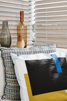 Luxaflex Wood Venetian Blinds Available at Solar Sunshades Cardiff Blue Bedroom Decor, Bedroom Decor For Teen Girls, Diy Bedroom, Bedroom Ideas, Bedroom Cushions, Vintage Pillows, Pattern Mixing, Blue Walls, Good Night Sleep