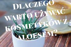 Kosmetyki z dodatkiem aloesu to prawdziwy prezent dla skóry. Roślina ta posiada szereg cennych witamin i minerałów, a także wykazuje silne działanie nawilżające, regenerujące czy też przeciwzapalne. Doskonały kosmetyk dla każdej z nas, bez względu na wiek czy typ cery. Ukoi, wzmocni, nawilży, a przede wszystkim… odmłodzi!