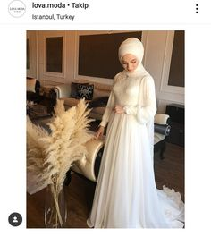 Beautiful Gown Designs, Beautiful Gowns, Fringe Swimsuit, Bridal Hijab, Flattering Swimsuits, Diy Wedding Backdrop, Muslim Wedding Dresses, Muslim Girls, Swimwear Brands