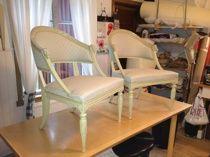 Gustavian armchairs with new fabric Gustavianska baljfåtöljer i nytt tyg www.tibbleantik.se