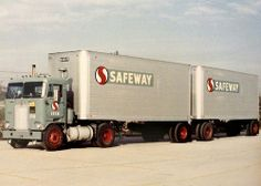 Safeway Kenworth Cabover, with set of  doubles.