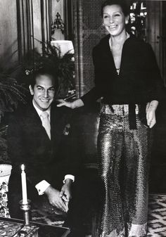 Oscar de la Renta and first wife, Françoise, in their New York City apartment