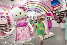 Guests can now enter the super cute world of Hello Kitty at the new Hello Kitty Shop Featuring Hello Kitty and Friends at Universal Orlando Resort.