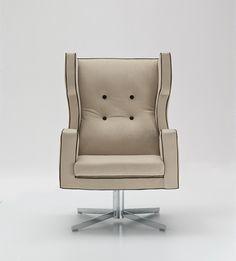 CASSANDRA 沙发椅 by i 4 Mariani 设计师Luca Scacchetti