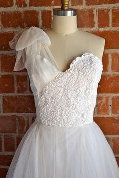sweetheart asymmetrical wedding dress