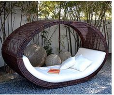 Modern Furniture: Wicker Outdoor Furniture