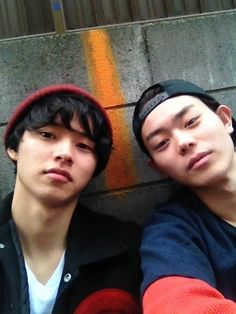 Kento Yamazaki x Masaki Suda Cute Japanese Boys, Japanese Love, Japanese Drama, Ken Chan, Character Personality, Real Anime, Kento Yamazaki, Asian Eyes, Good Looking Men