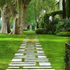 There is nothing more satisfying than a lovely garden vista and clever path treatment as seen in this image #garden #gardens #gardensofinstagram #gardeninspiration #greenarchitecture #vista #gardenpath #sophisticated