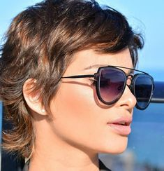 Casual Hairstyles, Pixie Hairstyles, Cool Hairstyles, Ladies Hairstyles, Sassy Haircuts, Peinados Pin Up, Dull Hair, Hair Shades, Short Hair Cuts