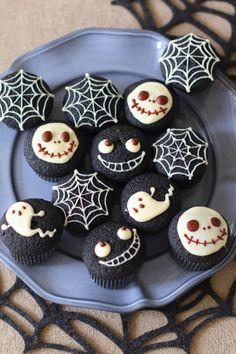 Halloween Cupcakes, Halloween Treats, Diy Pumpkin, Pumpkin Carving, Japanese Pastries, Kawaii Dessert, Aesthetic Food, Cookie Desserts, Fall Recipes