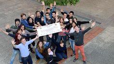 Los alumnos de Letras recaudan dinero para ayudas al estudio.  http://www.um.es/actualidad/gabinete-prensa.php?accion=vernota&idnota=46841