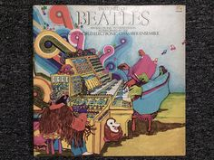 Up for sale: THE BEATLES Switch on beatles an Electronic Interpretation as performed by New World Electronic Chamber Ensemble W/ Original Sleeve Label: Island Records (ILPS 9300SS ) Format: Vinyl, LP, Album Country: US Released: 1979 Genre: Rock Style: Classic Rock