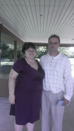 David and Jennifer were married on 6-26-14 at Loveless Park in Carlinville, IL