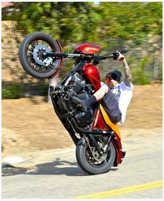 Harley Davidson Wheelie- I want to learn how to do this!