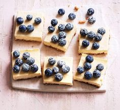 Healthier lemon and blueberry cheesecake squares Cheesecakes are notorious for being laden with sugar and fat, but our healthier lemon version is lower in the sweet stuff whilst containing a healthy dose of protein too Healthy Blueberry Recipes, Healthy Cheesecake Recipes, Healthy Recipes, Healthy Food, Lemon Blueberry Cheesecake, Cheesecake Squares, Baking Tins, Gluten Free Desserts, Yummy Treats