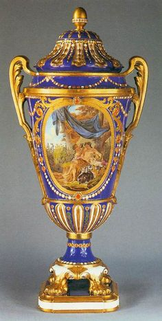 French Sevres  Vase and cover  1781  Porcelain, height 24 cm  Wallace Collection, London