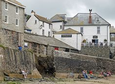 Port Isaac, The Golden Lion Inn, where I had lunch in 1990!