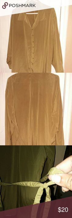 Designers Club US best fit This lovely blouse ties in back and is easy flowing worn slightly but still in good condition Designers Club Tops Blouses