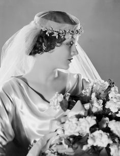 As the stock market crashed, so did people's ability to afford expensive haircuts. Soft finger waves and longer, less high-maintenance styles replaced the pin curls and blunt bobs of the 1920s. Cap styles were still popular.  - GoodHousekeeping.com