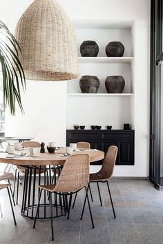 Next Post Previous Post casa cook rhodes by Anna Malmberg ((my) unfinished home) Dining room decor Dining Room Inspiration, Interior Inspiration, Design Inspiration, Home Interior, Interior Design, Ibiza Style Interior, Kitchen Interior, Stylish Interior, Lobby Interior