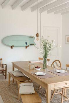 Home Design, Küchen Design, Surf House, Beach House, Dining Room Inspiration, Home Decor Inspiration, Decor Ideas, Ideas Decoración, Boho Ideas
