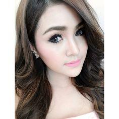 thai makeup