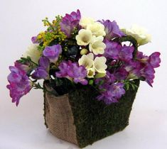 omg love this smell October Flowers, Arte Floral, Planter Pots, Sweet Home, December, Vase, Garden, Plants, Wedding
