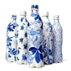 Underglazed Porcelain Blue and White Cola Bottles by Taikkun Li - China, 2010 Blue And White China, Blue China, Love Blue, Blue Bottle, Bottle Art, Bottle Crafts, Delft, Chinoiserie, Bleu Indigo