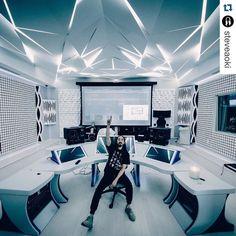 #proudofmysound SM9 monitors perfectly fit the amazing futuristic @steveaoki studio! #proudofmysound #thespiritofsound #steveaoki by focalofficial