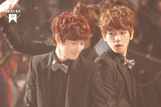 Suho and Baekhyun looking cuter than ever with bow-ties @ 2012 Korea Music Wave in Bangkok. Cr: Made in Heaven