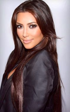 Kim Kardashian- make up & hair