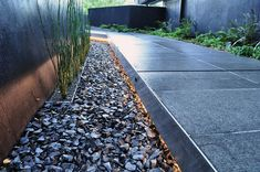 Beautifully detailed floating path 03 Hoke-Residence-Gravel-b_sm « Landscape Architecture Works | Landezine