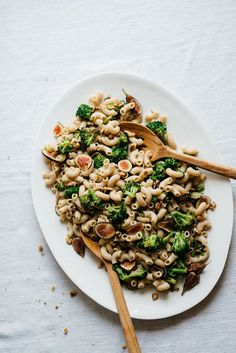 Creamy Garlicky Pasta w/ Charred Broccoli & Figs