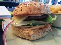 "Burger ""Glücksschmied"" im Hans im Glück Berlin Friedrichstrasse.  Verbloggt unter http://hubert-testet.de/burger-berlin-hans-im-glueck/"