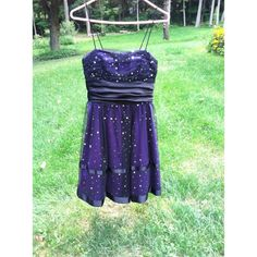 Blondie Nights Party Dress! Really cute dress to wear for many occasions such as a homecoming, prom, or a semi formal party! Size 2/3 Dresses