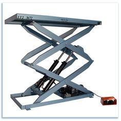 hydraulic lift Welding Projects, Projects To Try, Lift Table, Welding Table, Garage Workshop, Drafting Desk, Crane, Loft, Tools