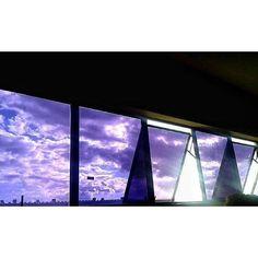 Simplesmente não consigo parar de olhar pra casa..  #semfiltro by jheniasantana http://ift.tt/1TVipH0