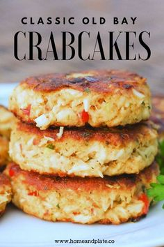 Old Bay Crab Cakes Easy baked crab cakes seasoned with Old Bay seasoning and roasted red peppers are the best way to celebrate summer.Easy baked crab cakes seasoned with Old Bay seasoning and roasted red peppers are the best way to celebrate summer. Crab Dishes, Seafood Dishes, Seafood Recipes, Beef Recipes, Dinner Recipes, Cooking Recipes, Seafood Appetizers, Healthy Recipes, Summer Seafood Recipe